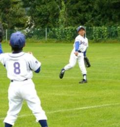 少年野球の子供達は3歩進んで2歩下がる
