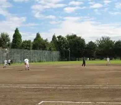 少年野球の自主練習にグラウンドを貸してくれたチーム