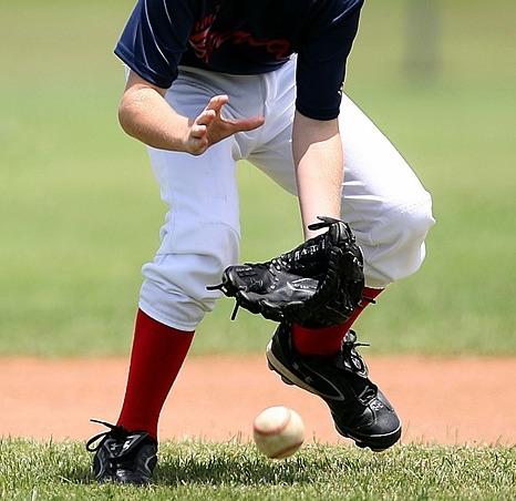 少年野球において子供達はたくさんのノックを受けた方が上手くなる